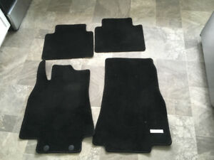 Mercedes Benz B200 Floor Mats