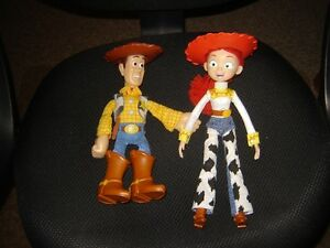 WOODY AND JESSIE/TOYS