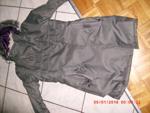 manteau  hiver       Neuf      xsmall   coul  gris
