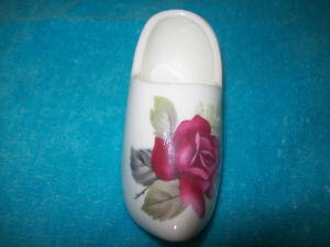 Sandford Bone China Floral Dutch Shoe
