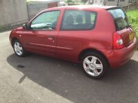 Renault Clio 1.2 Extreme - perfect small car
