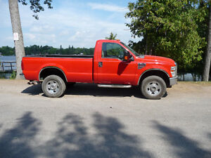 2008 Ford F-350SD XLT 6.4L DIESEL 4 X 4 $138 Weekly* Peterborough Peterborough Area image 4