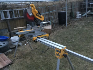 "DeWalt 12""slide dual bevel compound mitre saw"