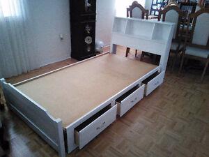AMAZING Toddler/ Single Bed