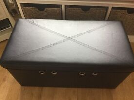 Lovely good size Storage Box and seat