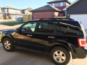Ford Escape 2009 in an excellent conditition