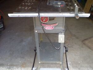 OLDER BEAVER TABLE SAW  IN EXCELLENT CONDITION