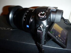 SONY RX10 CAMERA Kitchener / Waterloo Kitchener Area image 2