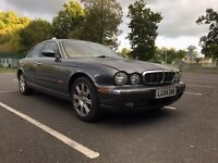 Jaguar XJ6 3.0 V6 Top Spec: Electric Heated Seats, TV's, Cruise Control...