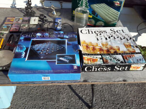 PAIR OF CHESS AND CHECKERS SET ON CHOICE $18.00  EACH