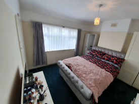 Lovely double rooms in a shared house available in Edmonton