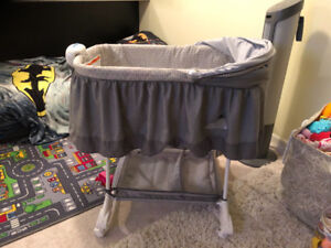 Bassinet brand new never used