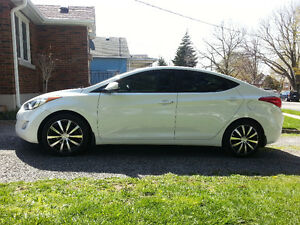 2012 Hyundai Elantra Limited Sedan w/ Leather and Custom Rims