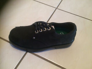 MUST SELL- Brand New Women Steel plate safety shoes- size 7