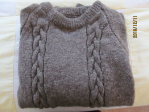 Men's Hand Knit Sheep's Wool Pullover