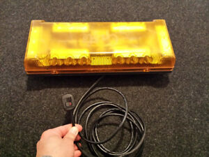AMBER EMERGENCY LED LIGHT
