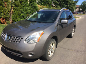 2010 AWD Nissan Rogue SL 153K km., No Accident