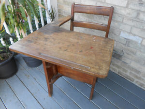 Solid Wood Antique Child's Desk Stratford Kitchener Area image 4