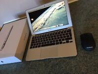 MacBook Air 11 - Core i5 2015 model