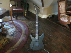 left handed PROFILE PROFESSIONAL electric guitar
