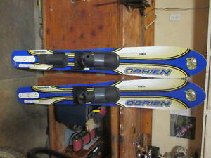 Obrien tapered waterskis
