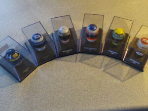 LOT DE 6 MINI CASQUE DE PILOTES DE FORMULE 1