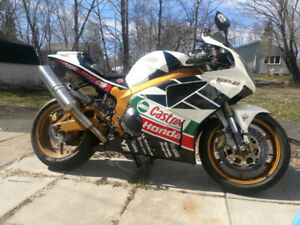 2001 Honda RC51 for sale or trade