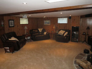 Bobcaygeon Bungalow c/w 2 Car Garage and Large Shop For Sale Kawartha Lakes Peterborough Area image 12