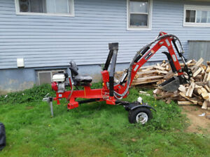 New TE301H towable excavator with cover and thumb