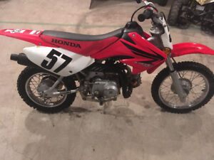 2007 CRF70 with racing gear