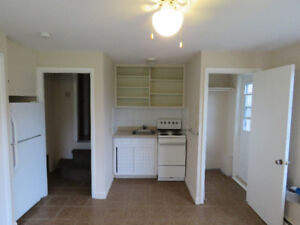 Stratford One Bedroom Suite with Kitchenette