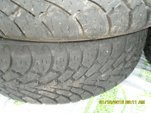4 winter Tires on Rims 215 70 15 West Island Greater Montréal image 3