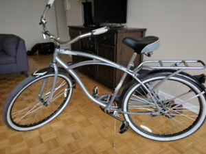 **Mint Condition Supercycle Classic Cruiser Women's Bicycle**
