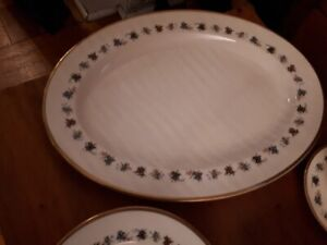 Minton China - Mirabeau - plate settings for 7 with serving tray