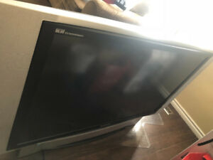 "60"" rear projection Panasonic tv"