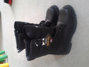 Stc men's officer's boots 9.5