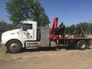 KW T300 picker truck