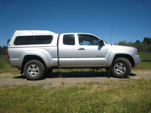 2008 Toyota Tacoma Access Cab 4WD SR5 Automatic With Canopy
