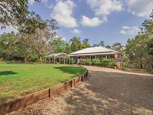 large 5 bedroom with pool, bush setting and shed space Wivenhoe Pocket Somerset Area Preview