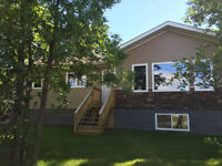 FURTHER PRICE REDUCTION !!! NEW CUSTOM BUILT HOME IN GIMLI