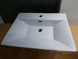 Bathroom ceramic basin / sink - new