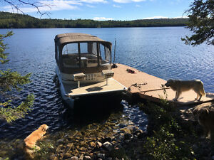 Legend pontoon boat motor and Trailer with Navigloo winter stora