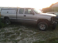 Rolling Chassis - Sierra 2500HD - 8' Box Ext. Cab - Frame