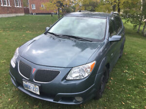 2006 Pontiac Vibe (Toyota Matrix) **Low Kms**