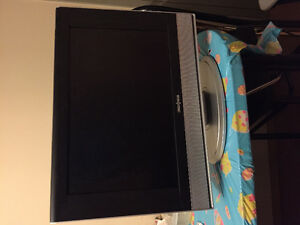 19 inch flat screen tv/ DVD combo