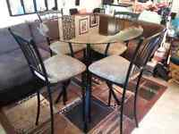 Tall Table W/4 Chairs