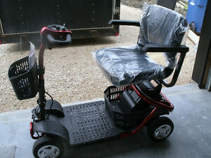 Mid-Sized 4 Wheel Scooter (BRAND NEW)
