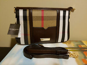 Burberry - Crossbody Purse
