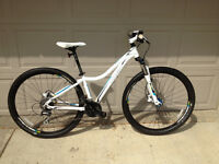 TREK Women's Mountain bike