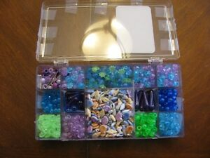 BEAD  SET  WITH  LACING